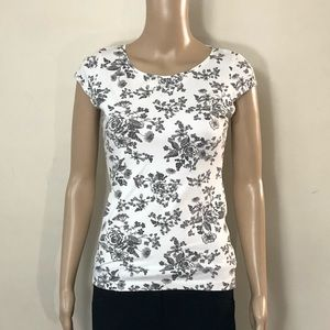 H&M White/Gray Floral Top
